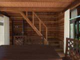 лестница на второй этаж бани