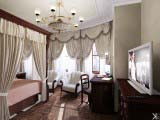 спальня в классическом стиле для дочери