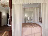 балдахины возле кровати в спальни