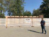 Контроль за строительство стеллы почетных граждан
